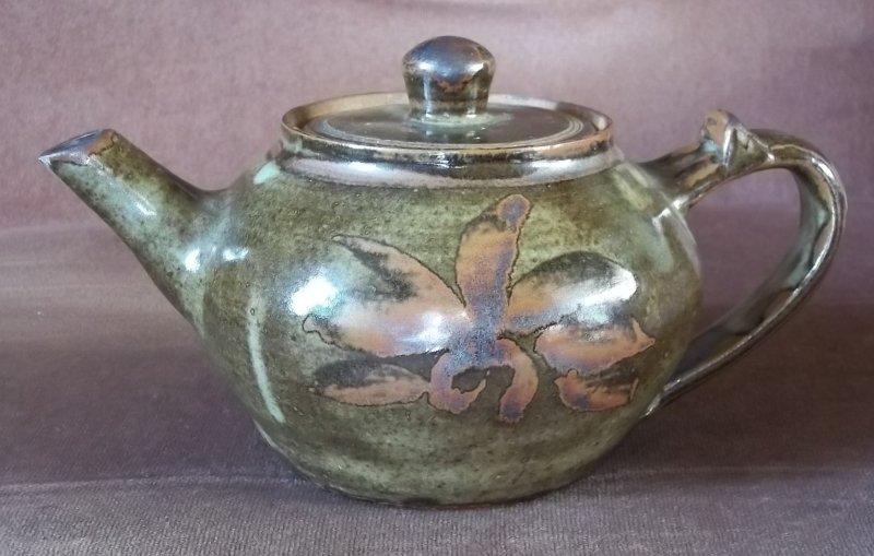 Nigerian pottery (1) 100_3266