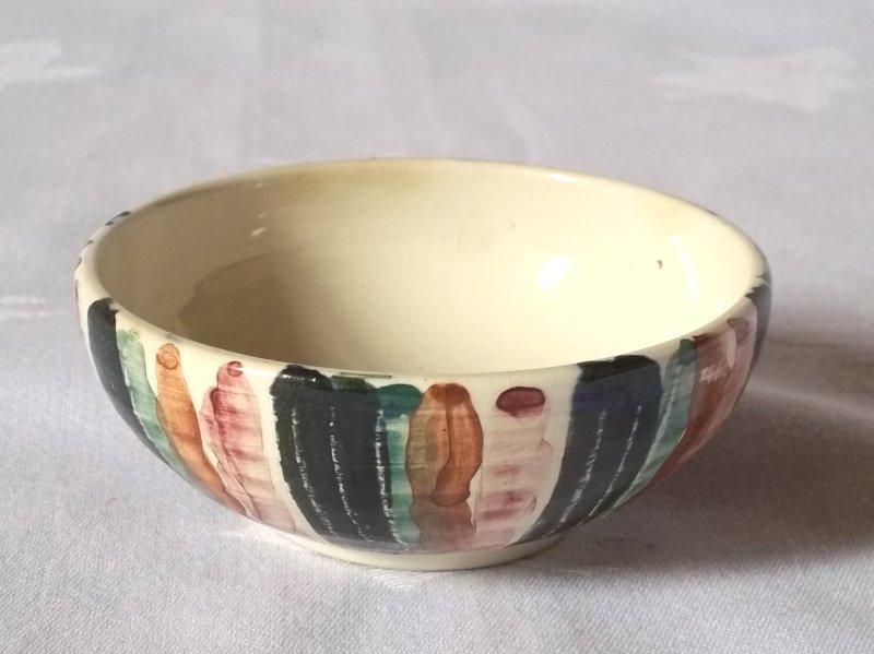 Mike Hendrick, Charmouth Pottery Jo6610