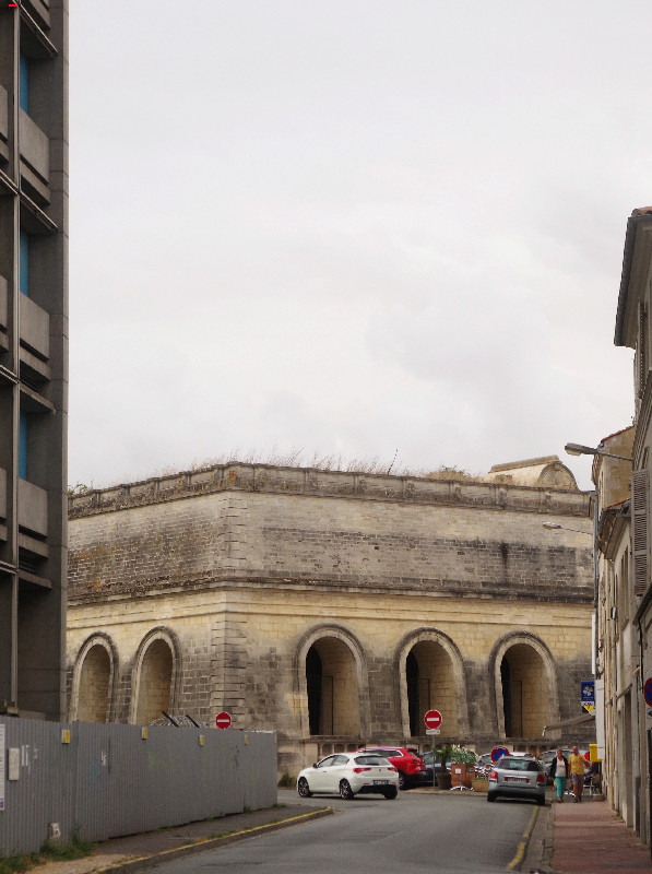 Le vieux château d'eau, renaît en musée-galerie  Imgp2710