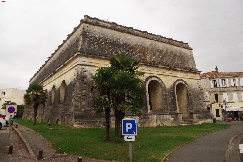 Le vieux château d'eau, renaît en musée-galerie  Imgp2810