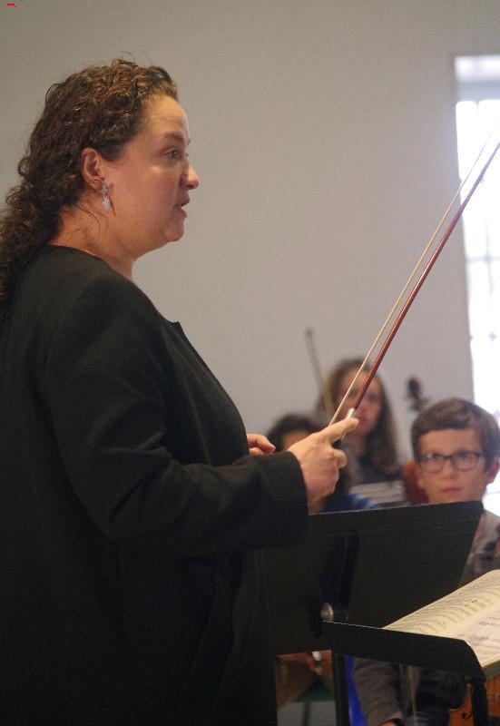 Zahia Ziouani, un chef d'orchestre, une femme, une rencontre ! Imgp8112