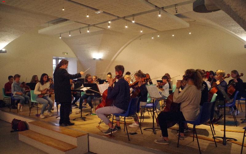 Zahia Ziouani, un chef d'orchestre, une femme, une rencontre ! Imgp8213