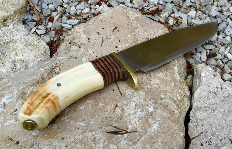 Personnalisations  de couteaux par Sébastien - Page 4 Img_8616