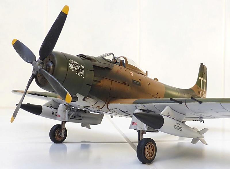 [TAMIYA] Douglas A1 Skyraider: rénovation d'un souvenir - Page 4 Skyr7510