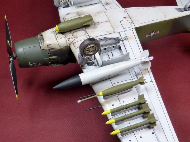[TAMIYA] Douglas A1 Skyraider: rénovation d'un souvenir - Page 5 Skyr9310