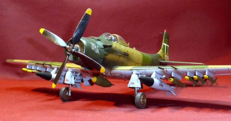 [TAMIYA] Douglas A1 Skyraider: rénovation d'un souvenir - Page 5 Skyr9510