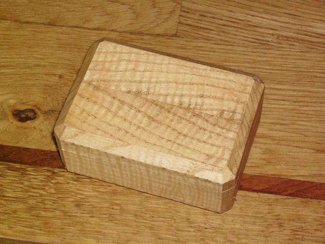 une nouvelle boîte pour bilou Imgp0010