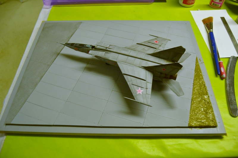 MIG 25 R  (Condor+Armory ) - Page 6 00410
