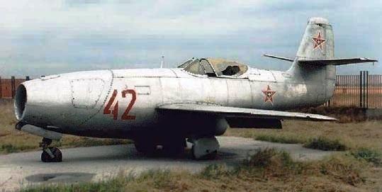 luft 46 .MESSERSCHMITT 1106.B Yak-2310
