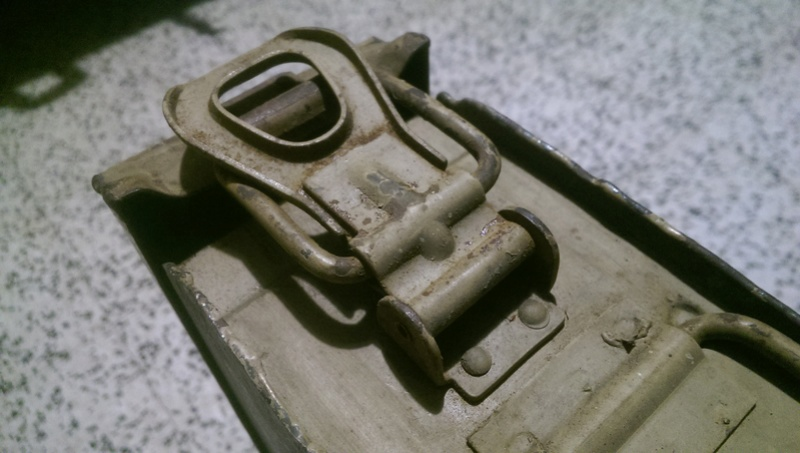 Caisse Mg 42 Imag2827