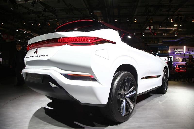 2016 - [Mitsubishi] GT-PHEV Concept Mitsu-13