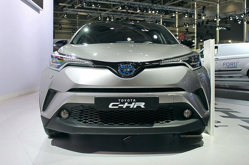 2016 - [Toyota] C-HR - Page 6 Toyota22