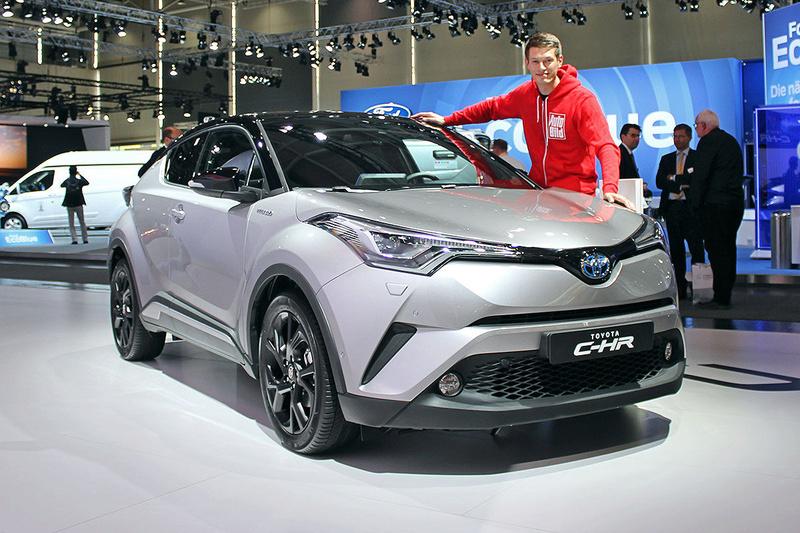 2016 - [Toyota] C-HR - Page 6 Toyota23