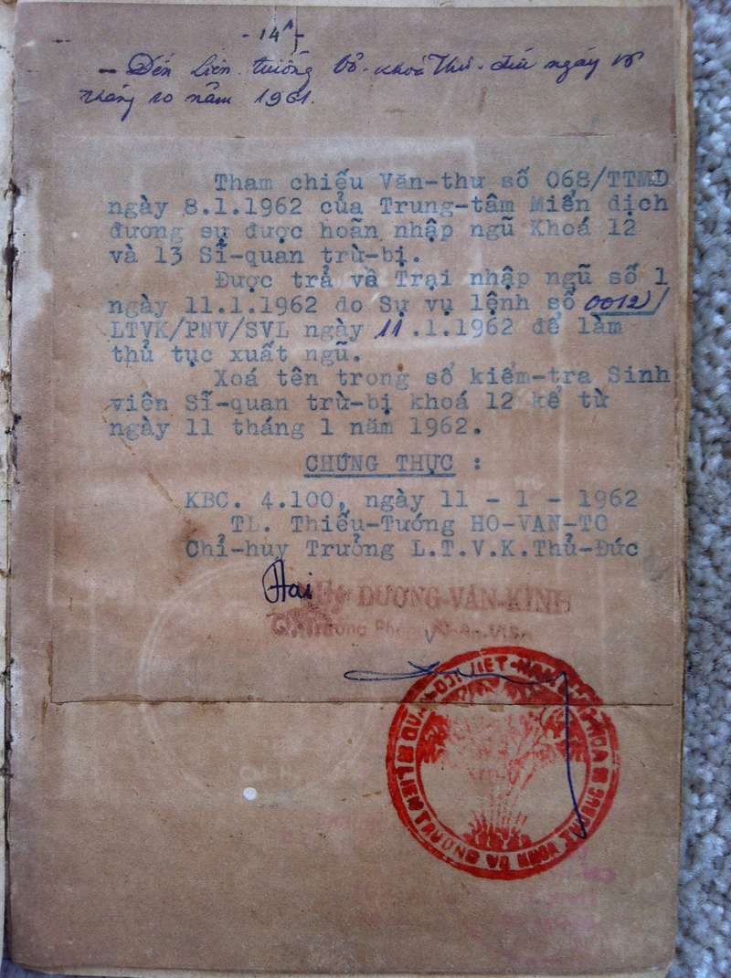 Livrets militaires Vietnamiens Img_8326