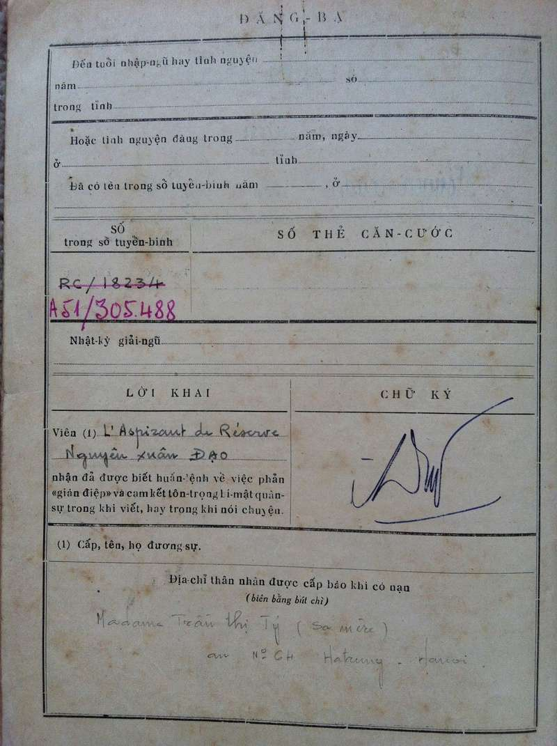 Livrets militaires Vietnamiens Img_8336