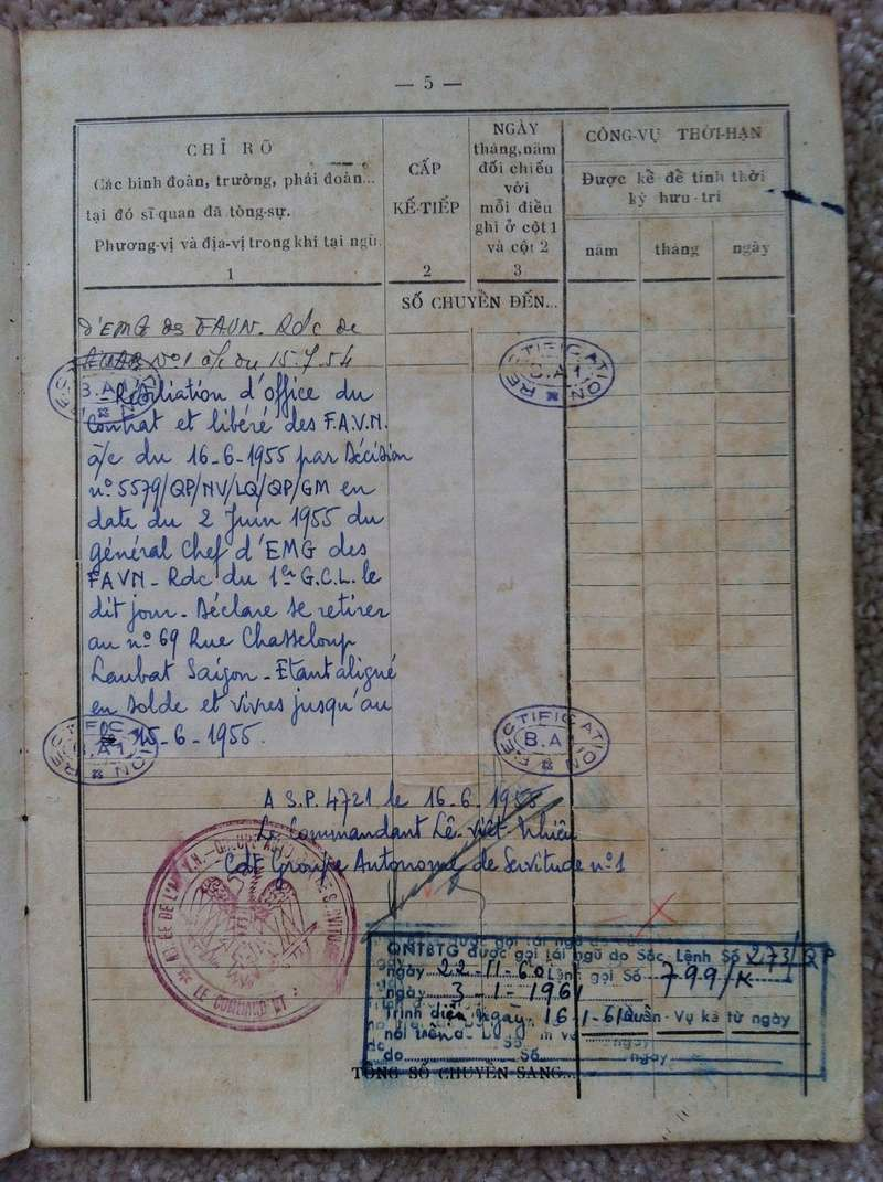 Livrets militaires Vietnamiens Img_8342