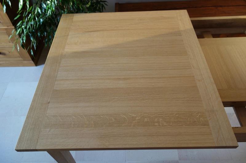 Table de salle à manger en chêne Dsc00824