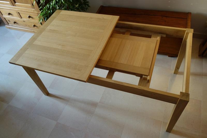Table de salle à manger en chêne Dsc00825