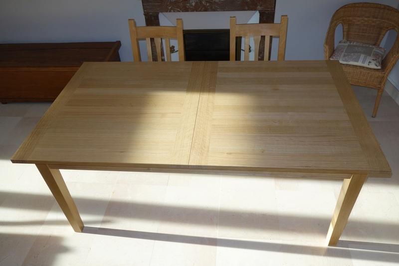 Table de salle à manger en chêne Dsc00916
