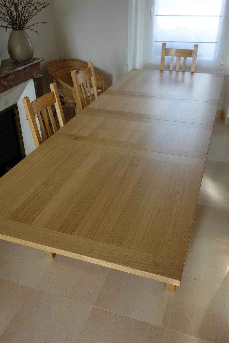 Table de salle à manger en chêne Dsc00917