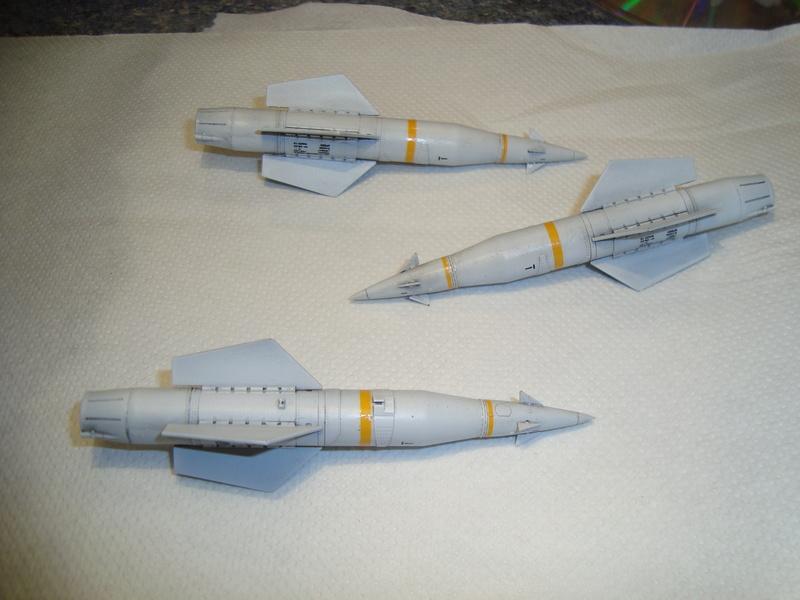 A-4 E Skyhawk - 1/ 48° Pont d'envol fait - Avion fini - accessoires de pont en confection. - Page 2 Dsc01840