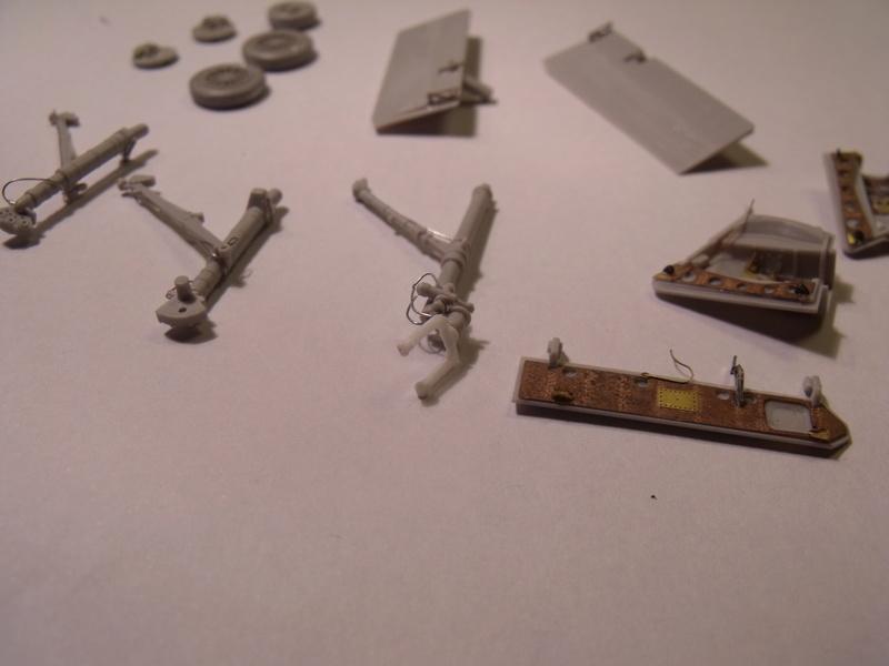 A-4 E Skyhawk - 1/ 48° Pont d'envol fait - Avion fini - accessoires de pont en confection. - Page 2 Dscf6733