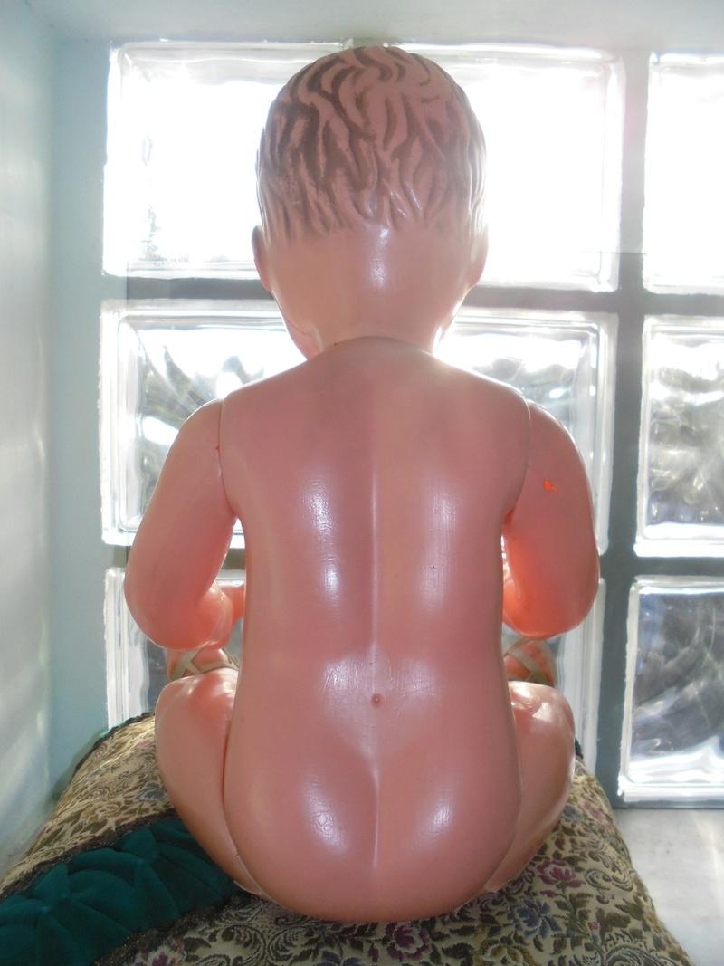 antico bambolotto in celluloide anni 50/60 Dsc04618