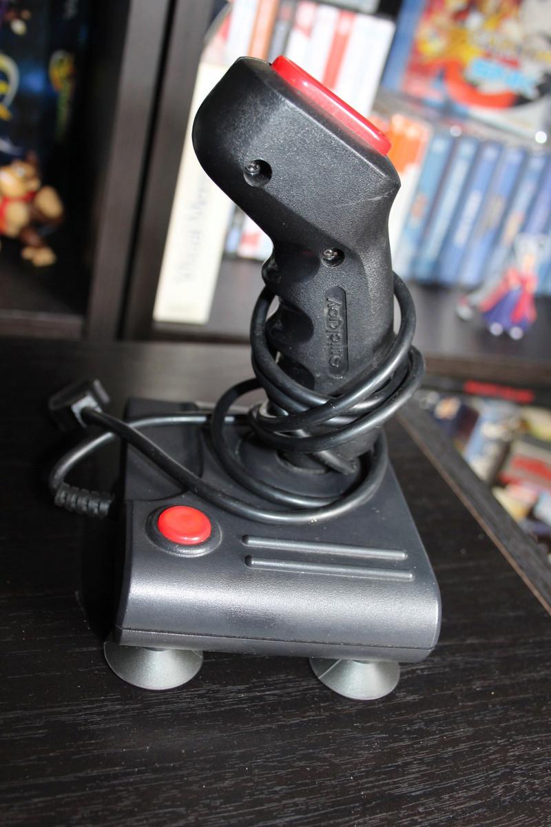 Estim Joystick et jeux Atari St Img_2617
