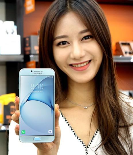 Η Samsung παρουσίασε επίσημα το Galaxy Α8 (2016)  Samsun19