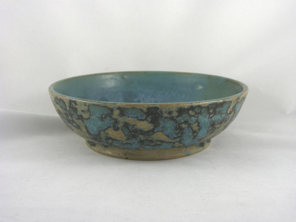 Bowl with mottled teal glaze Cimg2710