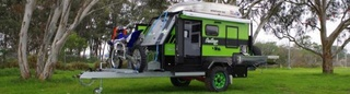 Van Cruiser SUV Outlaw Compact (Australie) Timthu10