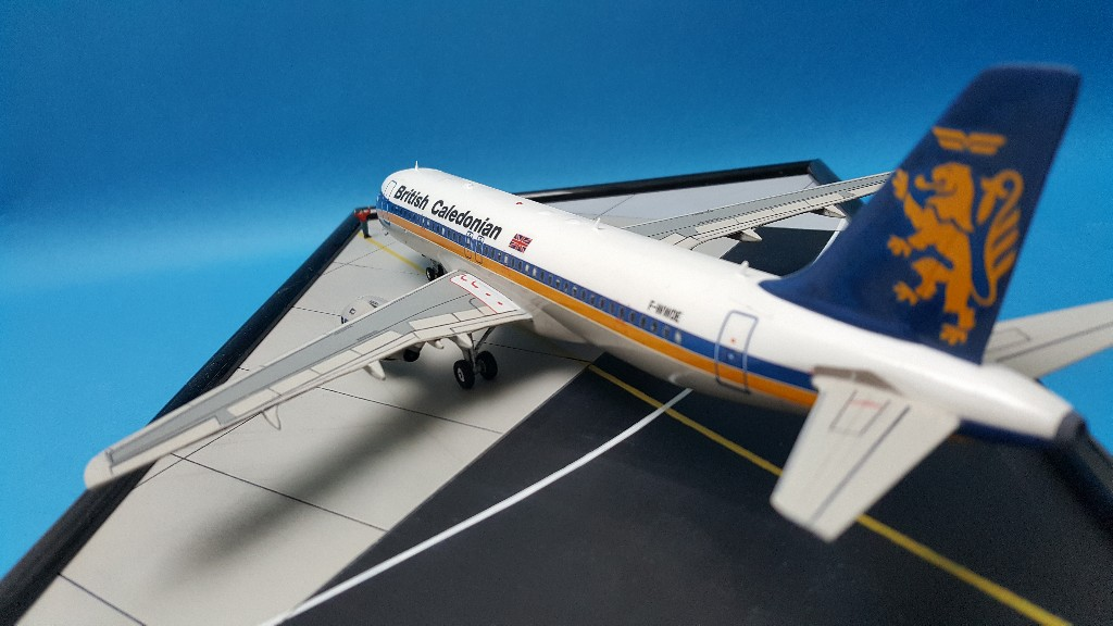 Un petit duo de liners : A320 Revell  et B727-100 Airfix 20181112
