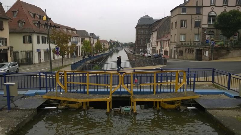 Polo: Pénichette louée. Canal en Alsace Wp_20112