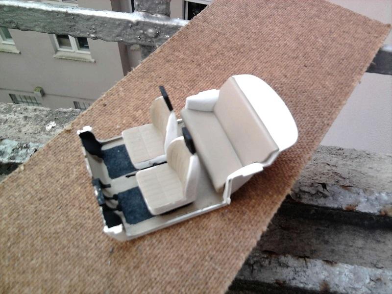 Revell Trabant 601s 1:24 02_14
