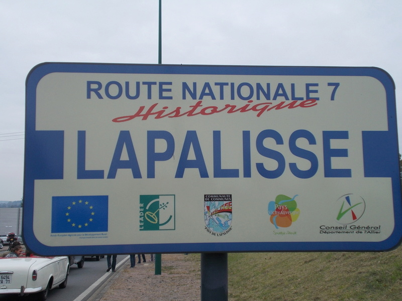 L'embouteillage de Lapalisse 2016  Embou221