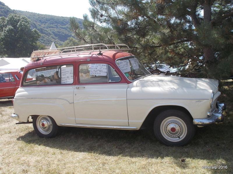 Rassemblement vehicules anciens de Vernas ( Isère)  Vernas30
