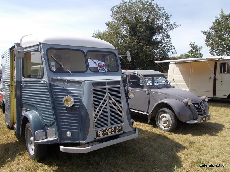 Rassemblement vehicules anciens de Vernas ( Isère)  Vernas50
