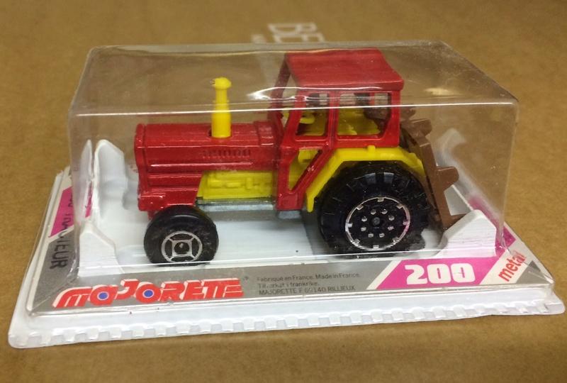 N°208 tracteur 110