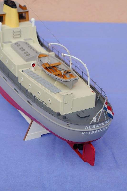 L'Albatros - Douanes néerlandaises - au 1/50 sur plans - Page 5 Dscf4015