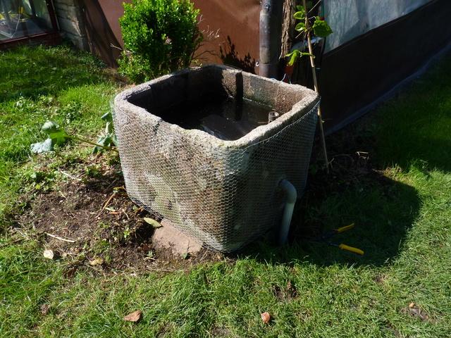 Rénovation bac à récupération d'eau P1040727