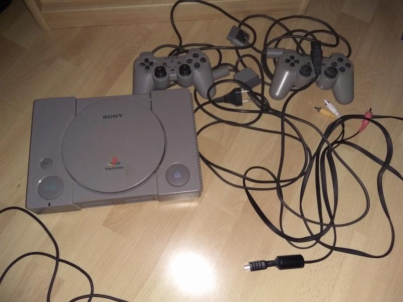 [Estim] ps1/gamecube/N64/ps3 consoles et jeux... Img_2010
