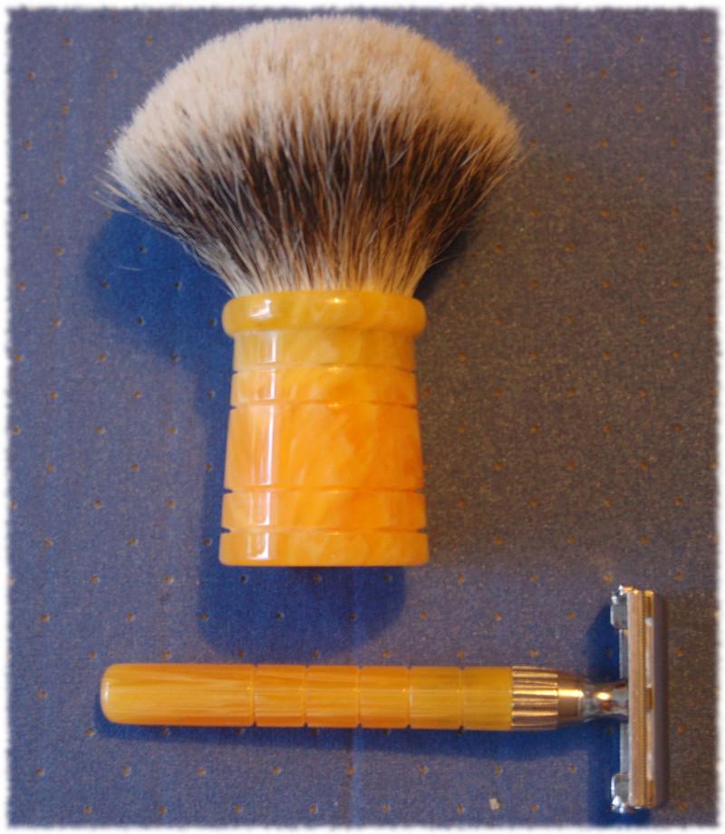 Les rasoirs de MRED (manches, custom...) - Page 4 De_bla10