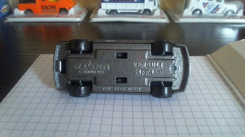 N°221 RENAULT X54 (SAFRANE) Renaul14