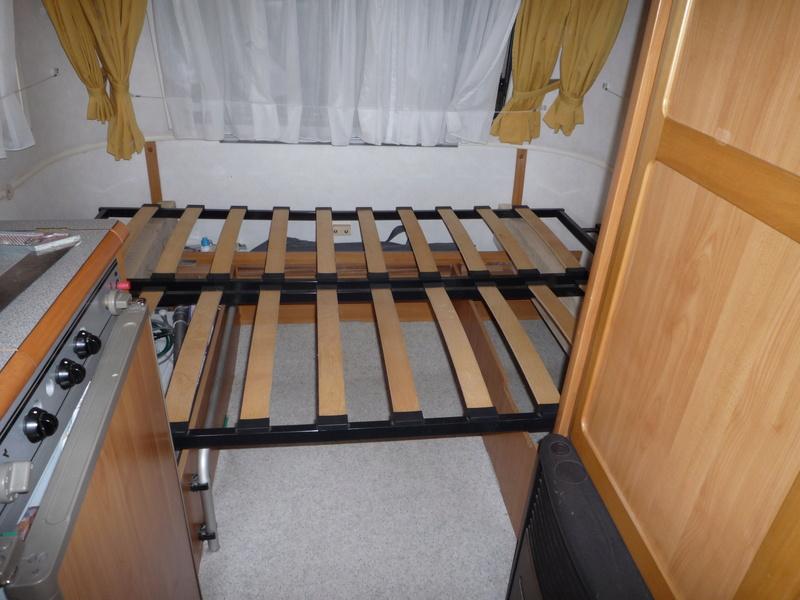 Un sommier maison pour un lit confortable - Page 3 Cliccl15