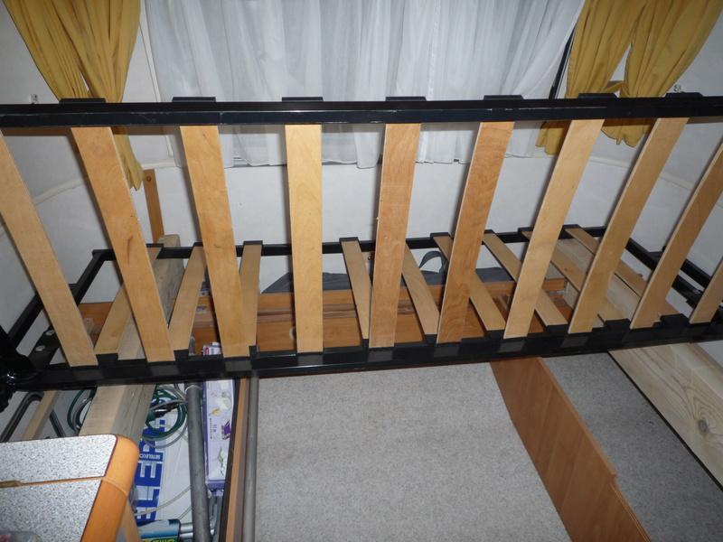 Un sommier maison pour un lit confortable - Page 3 Cliccl18