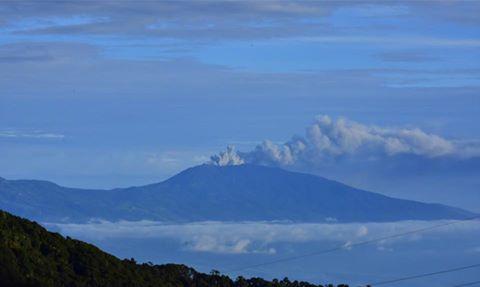 Volcano erupts sending rocks and ash 4km high. 14717110
