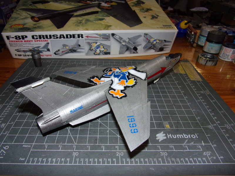 F-8P CRUSADER  - Academy -1/72éme 102_2414