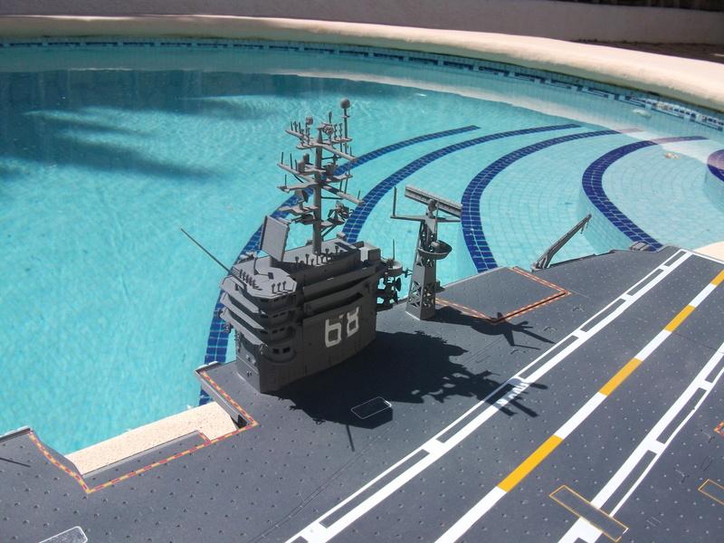 USS NIMITZ 1/350 TRUMPETER Dscf2320