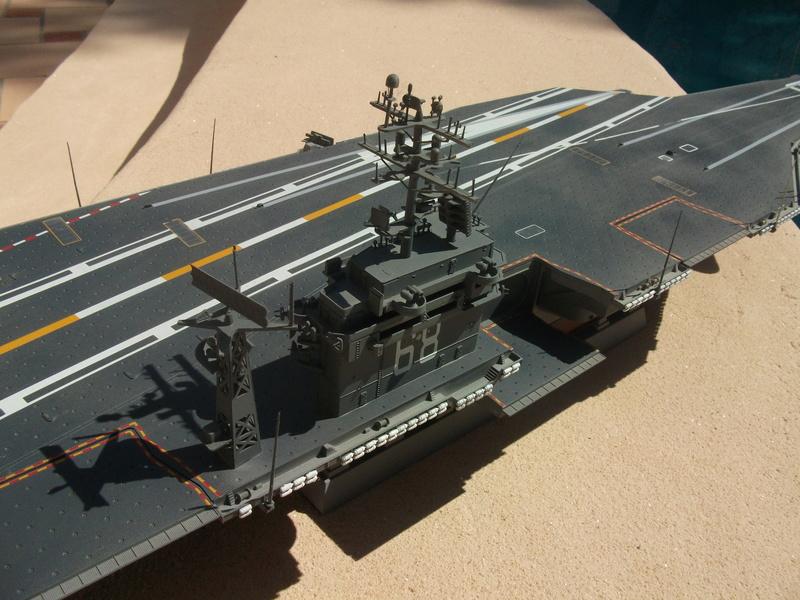 USS NIMITZ 1/350 TRUMPETER Dscf2321
