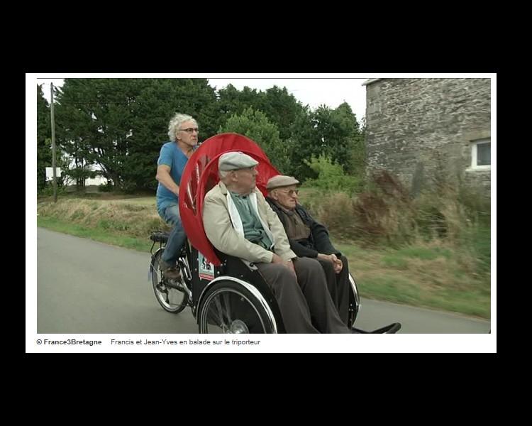 A Brest, un triporteur pour les personnes âgées Sans_112